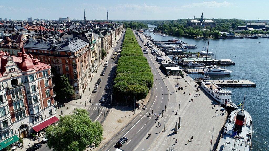 Набережная Strandvagen в Стокгольме