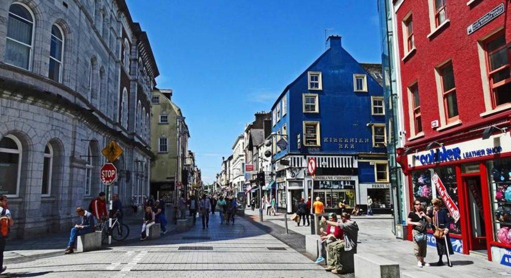 Вестерлонггатан - улица для туристов
