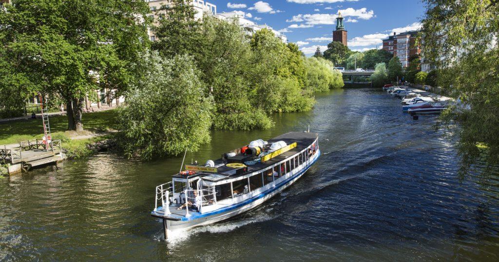 Круиз по каналам Стокгольма