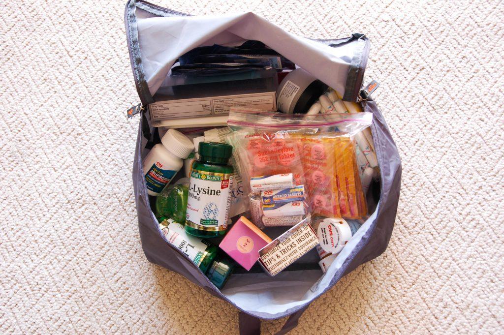 Лекарства в сумке