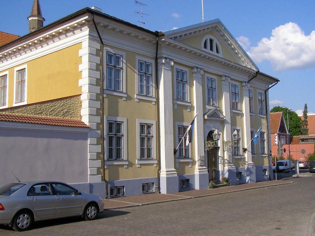 Городская ратуша в Пярну