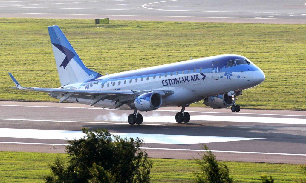 На самолете в Эстонию