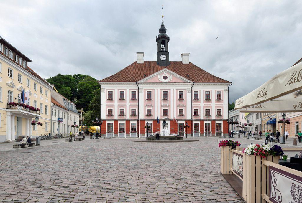 Ратушная площадь в Тарту