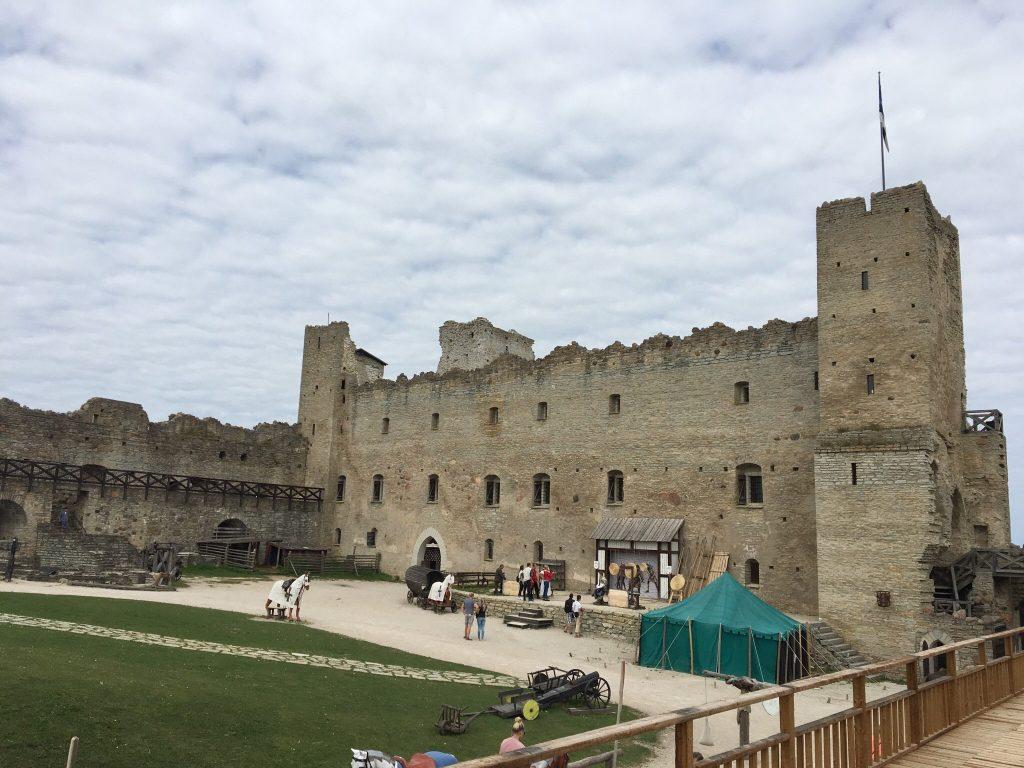 История замка Везенберг в Раквере