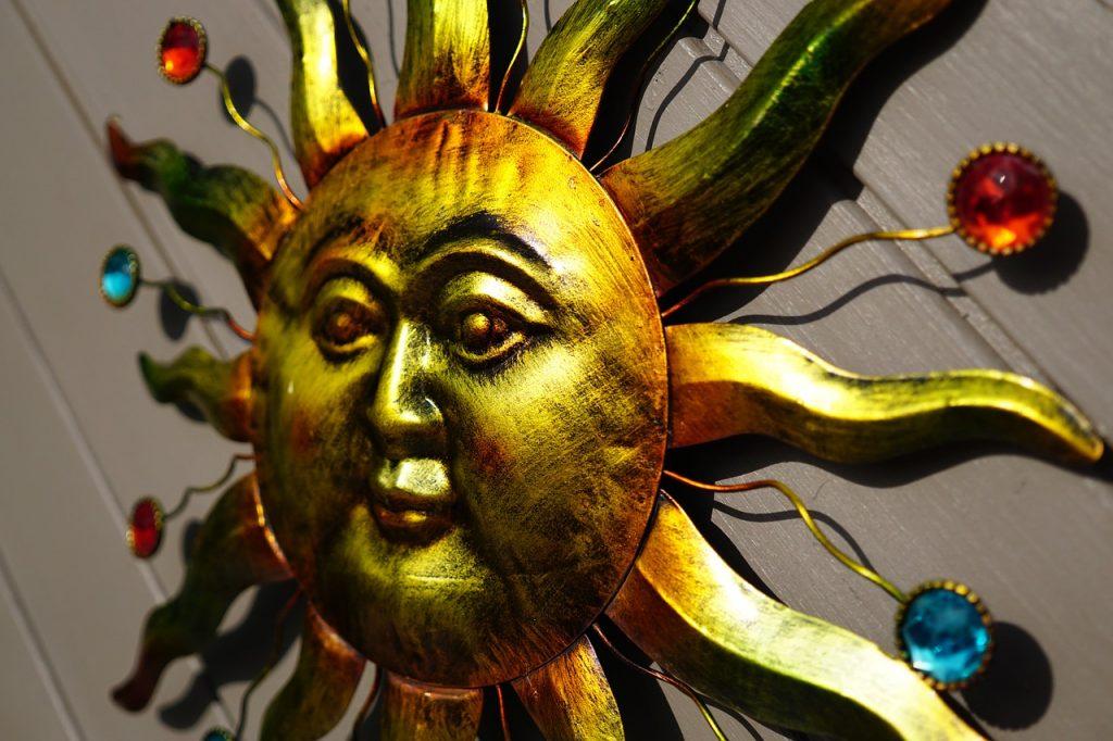 Изображение солнца в Риге