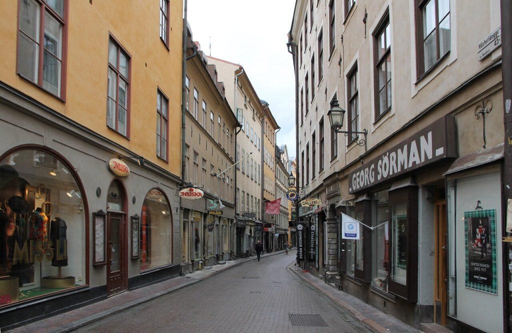 Улица Vasterlanggatan в Стокгольме