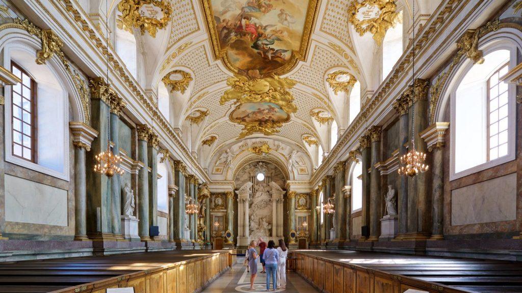Королевский дворец в Стокгольме внутри