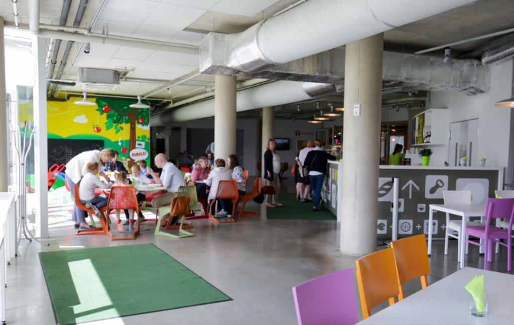 """Кафе """"Ньютон"""" в Научно-развлекательном центре АХХАА в Тарту"""