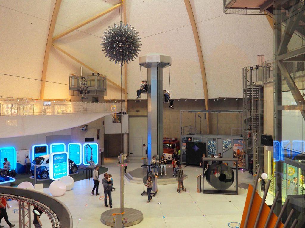 Научно-развлекательный центр АХХАА в Тарту