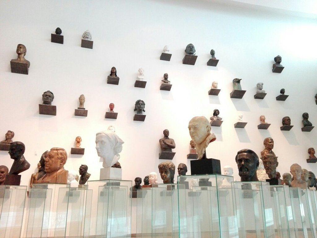 «Золотой фонд» в национальном художественном музеи Куму (Kumu) в Таллине