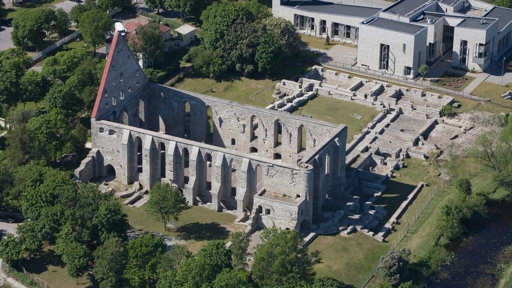 Монастырь Святой Биргитты в Таллине