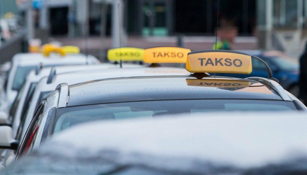 Такси в Нарве