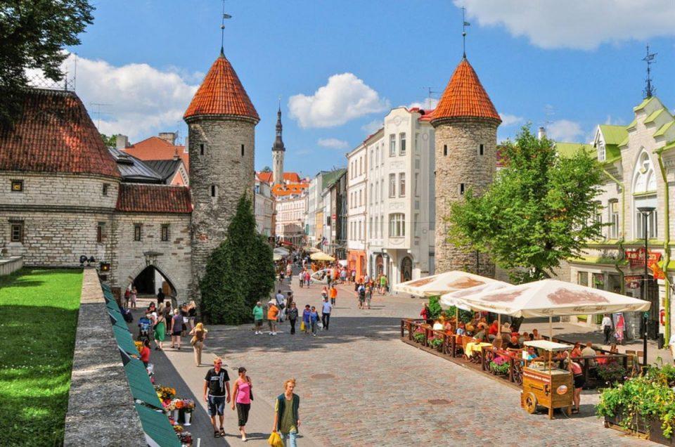Топ-10 экскурсий в Таллине на русском языке