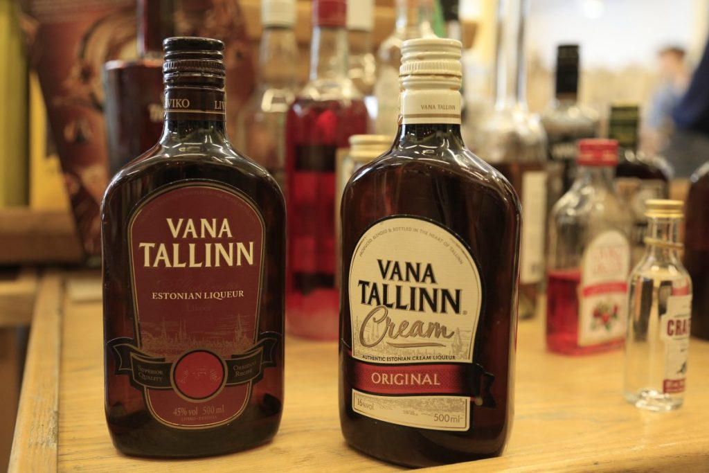 Эстонские ликеры  Vana Tallin