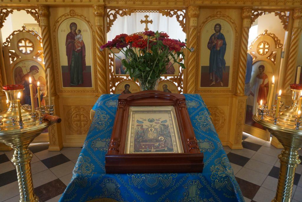 Пухтицкая чудотворная икона Успения Божией Матери