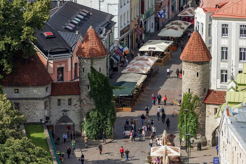 Ворота Виру в Таллине