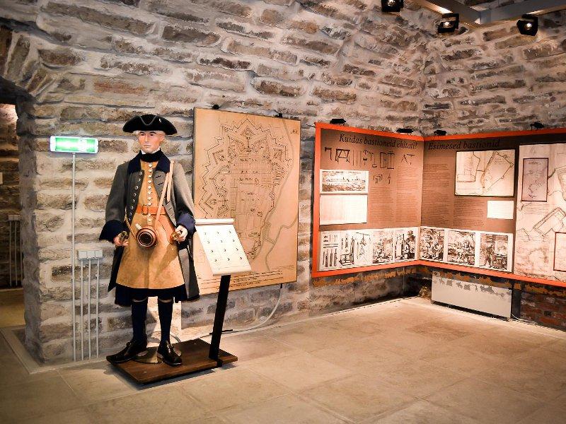 Выставка в катакомбах Нарвы